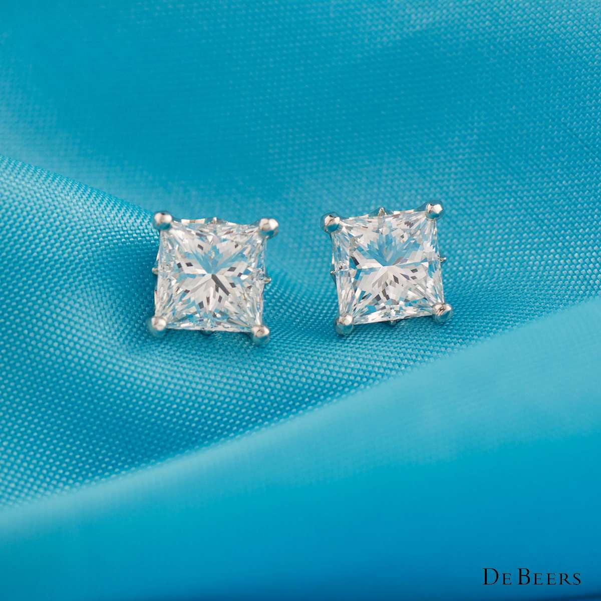 De Beers Diamond Platinum Princess Cut Earrings 2.04ct F/VVS1
